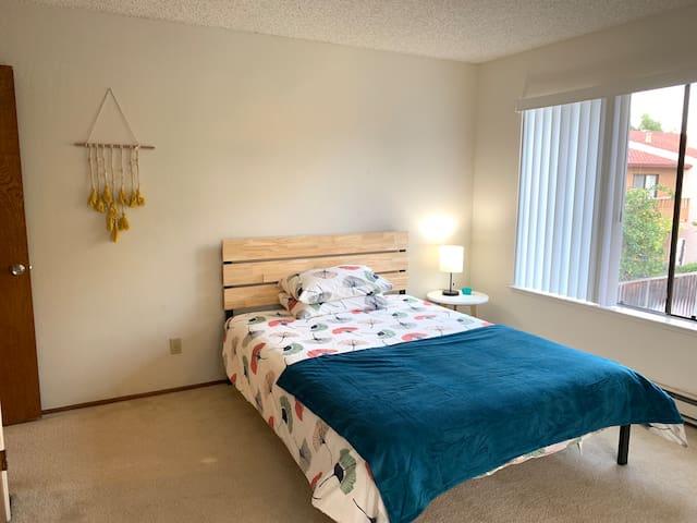 Sunshine Place - Room 3