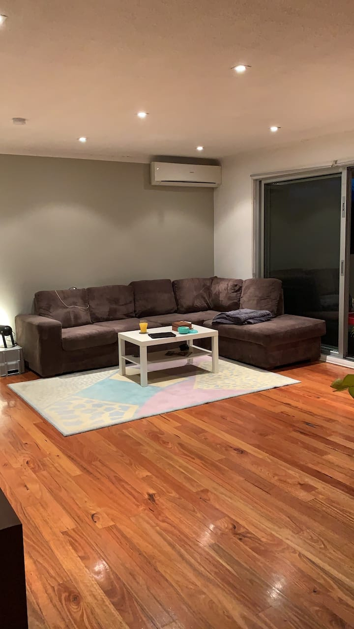 2 Bedroom Private & Leafy apartment near Maroubra!