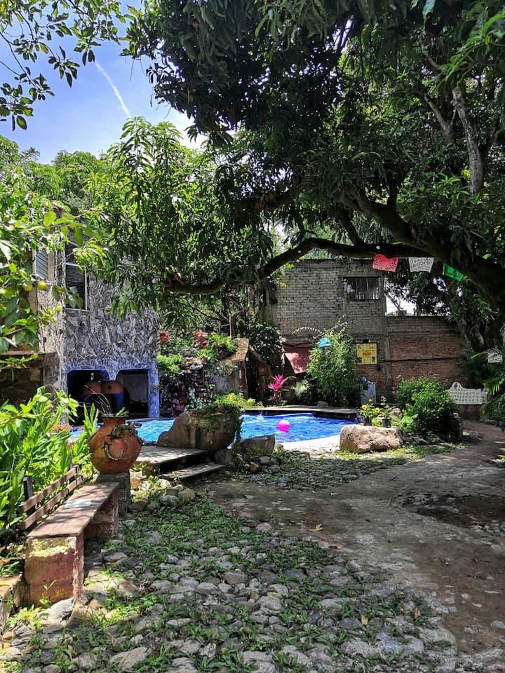 """""""Habitación de piedra, La casa de los mangos #3"""""""