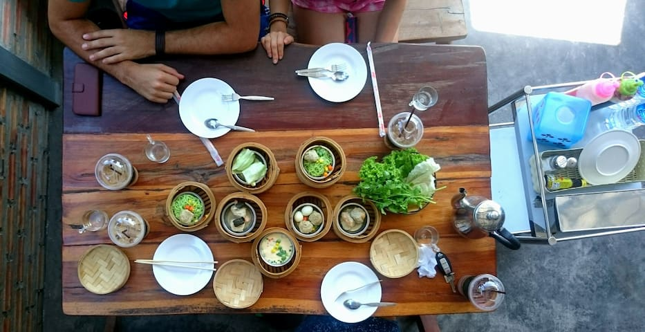 at RahFa Dim Sum breakfast restaurant - Daytrip around Phuket