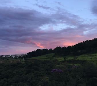 Ap da Montanha vista Linda - Poços de Caldas - Huoneisto