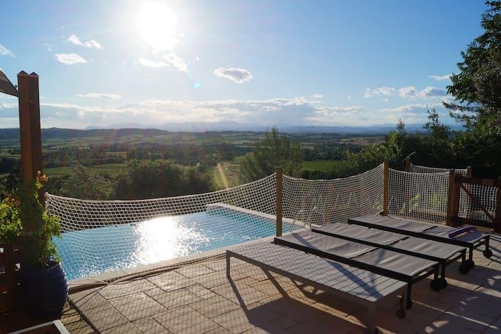 Villa d'Architecte, Piscine et Vue Splendide. - Montagnac