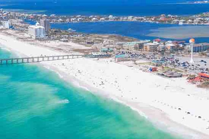 Short distance from white sanded Pensacola beach