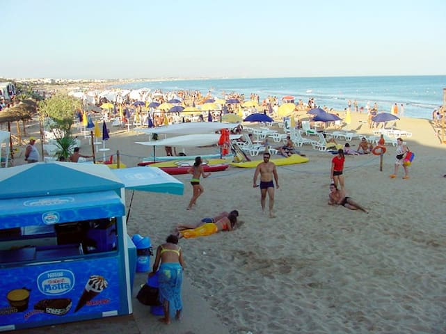 La spiaggia di Tre Fontane.