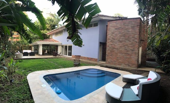 Luxury Villa & Pool Medellin Poblado near Lleras