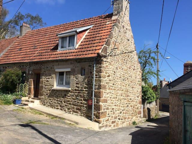 Maison de pêcheurs proche du port et centre ville - Perros-Guirec - Şehir evi