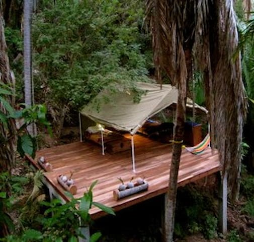 Bungalow Parota, safari tent/tree house