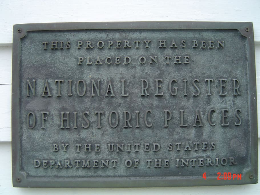 The Munro-Hawkins House is on the National Register of Historic Places