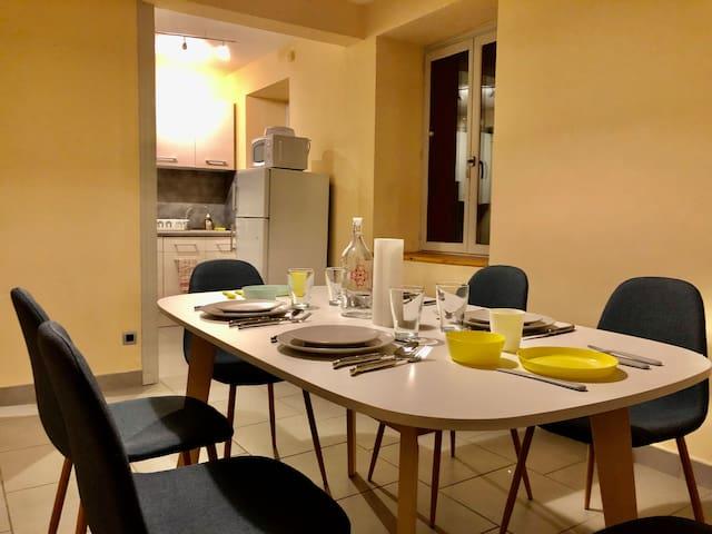 Appartement 4 personnes - Lits KINGSIZE - Au calme