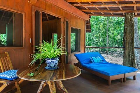 New Romantic Off the Grid Cabana 30 min from Tulum
