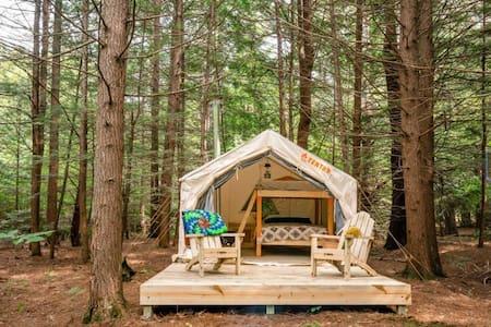 SnugLife Private Riverfront Campsite w/Heated Tent