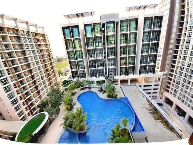 Entire Studio Apartment & Fast WIFI 27 @Cyberjaya