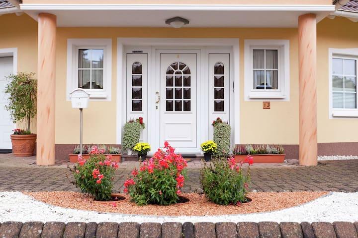 Landelijk gelegen woning in Gerolstein met een grote tuin