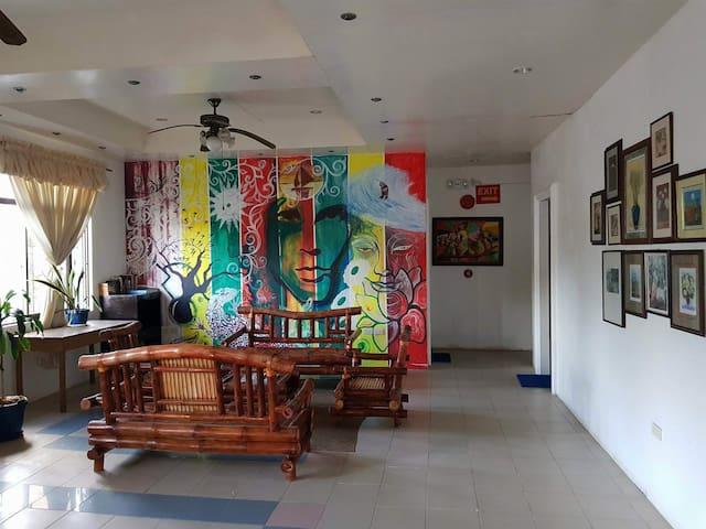 Boracay Home ( near beachfront and dmall )