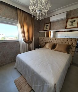 Luxuoso Apartamento com Vista exclusiva para o mar
