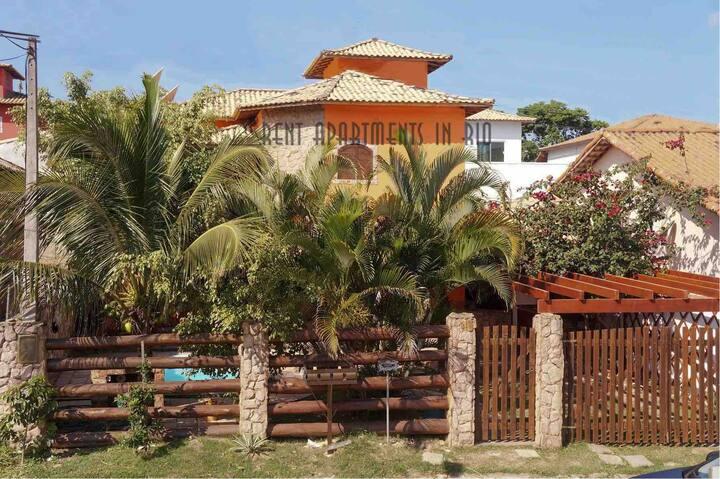 Casa Luxo C/Piscina privativa condomínio fechado .