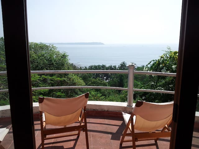 VILLA SEA BREEZE...SPECTACULAR VIEW - Nerul - Casa