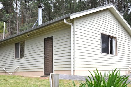 Mountain View Retreat - Noojee - Stuga
