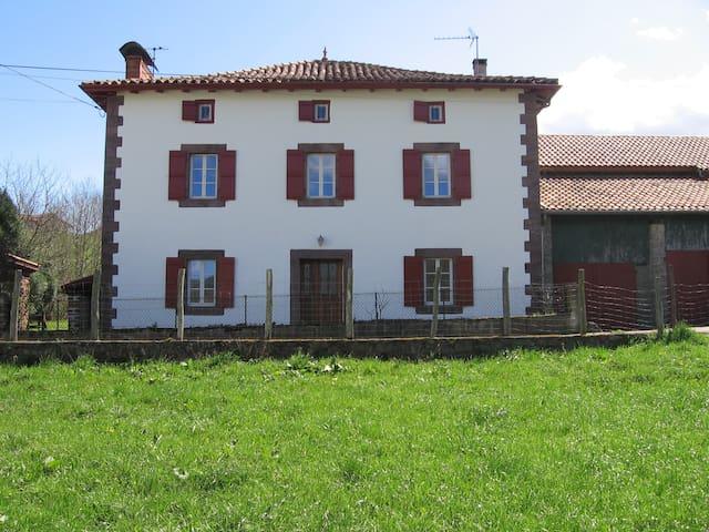 Gîte indépendant spacieux au pays basque