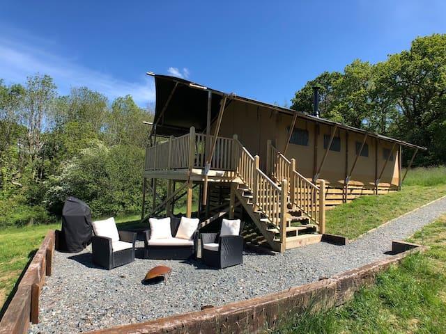 Luxury safari tents with private bathroom