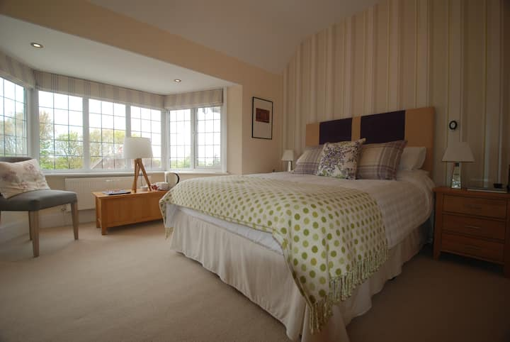 Luxury ensuite room in renovated period home