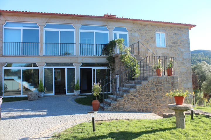 COUNTRY HOUSE 450M2 BRAGA PORTUGAL