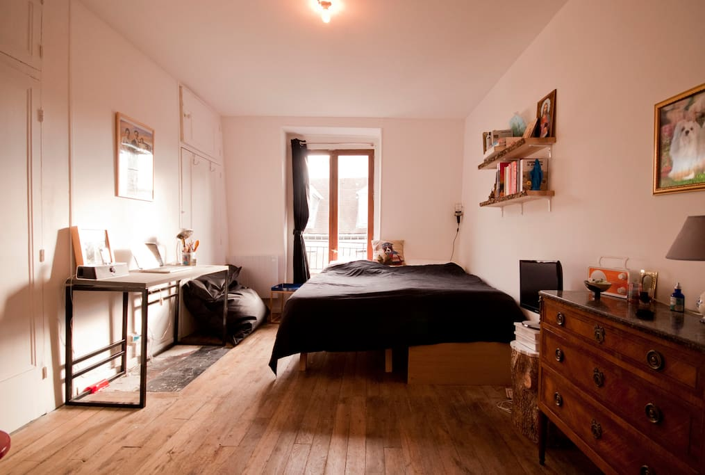 This is the flat with double-bed open