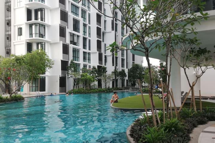 HOT! H2O Ara Damansara Near BU Kota Dsara (4-6Pax)