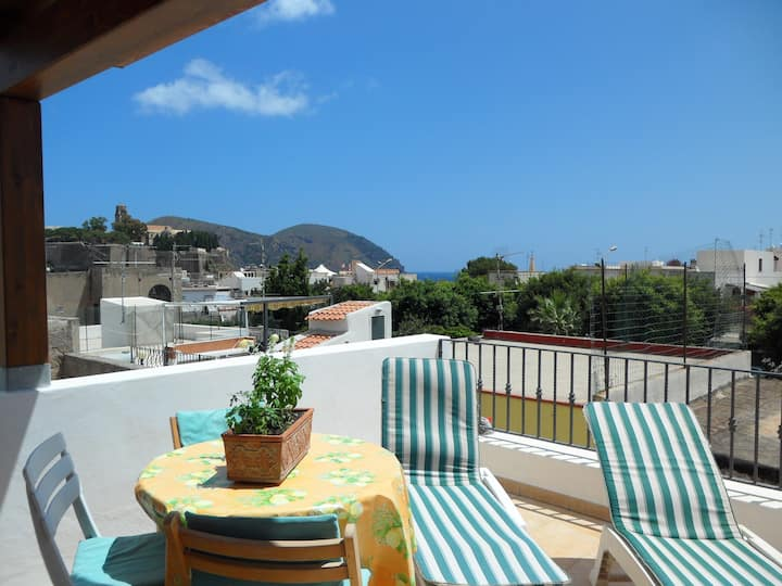 Charming, self-catering accommodation in Lipari!