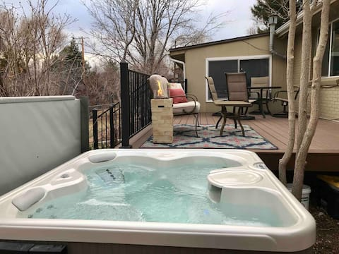 Columbine CO Guest Suite w/ Private Deck & Hot Tub