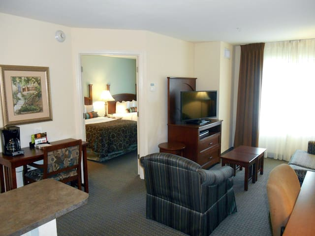 Equipped Suite Near the Savannah Airport | Seasonal Pool Access