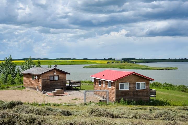 Fox Lake Retreat - Black Cabin