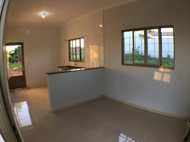 Casa em Itápolis - Acomodação econômica