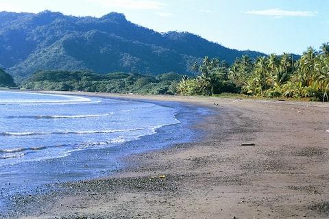 Beach Bungalow on Playa Tambor