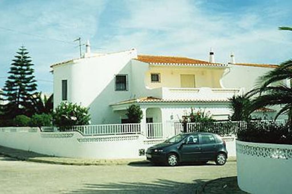 Front view of Casa Sandra