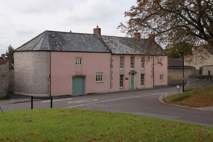 Charming Georgian former farmhouse - Axbridge