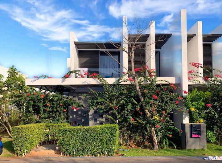 Exceptional  Villa  3 bedrooms in Oceanami Resort