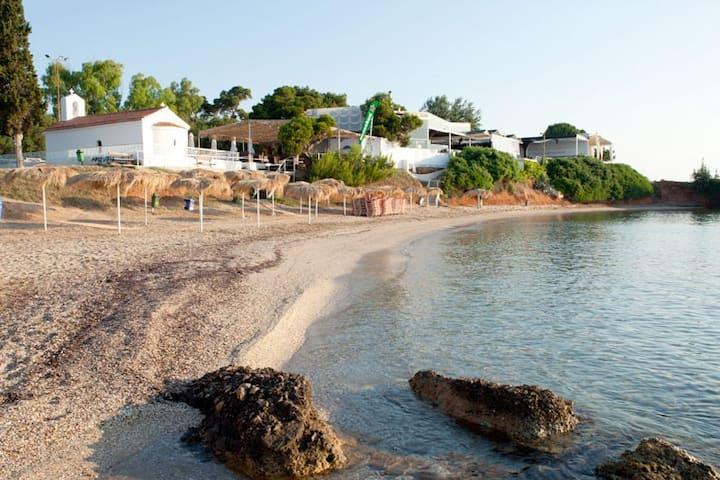 Sea Front Apartment Agios Andreas