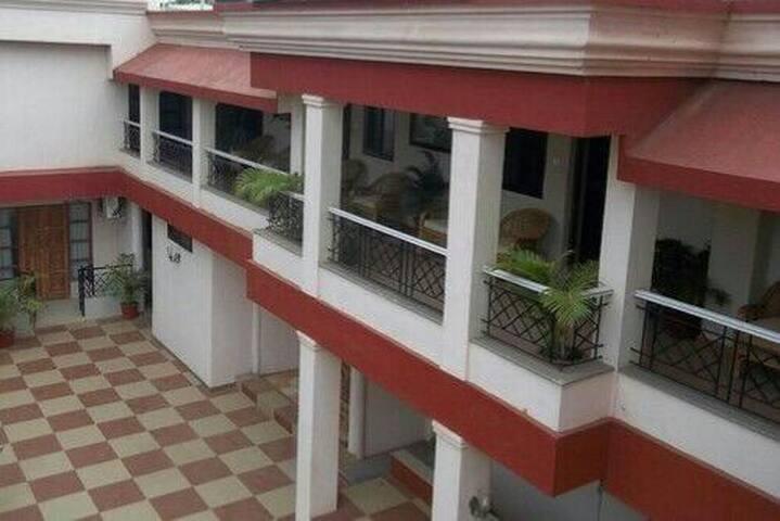 Luxury Holiday Home - Candolim - Apartment