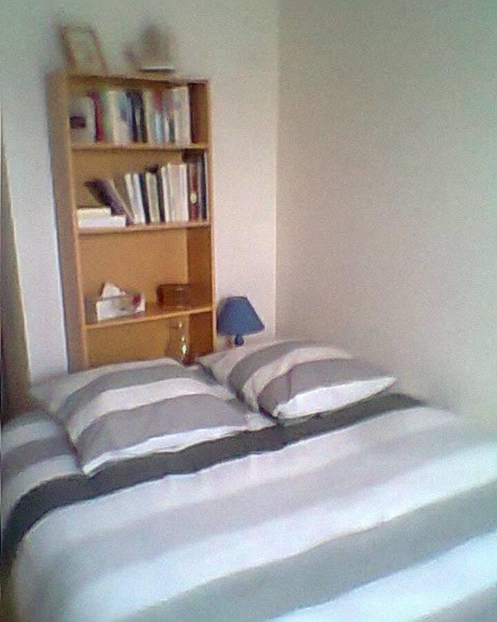 Chambre d'environ 12 m²