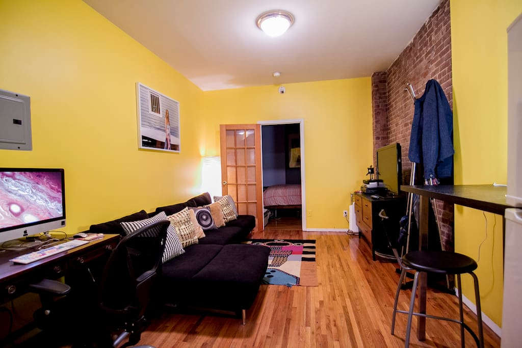 cute east village 1 bedroom apt apartments for rent in new york new york united states. Black Bedroom Furniture Sets. Home Design Ideas