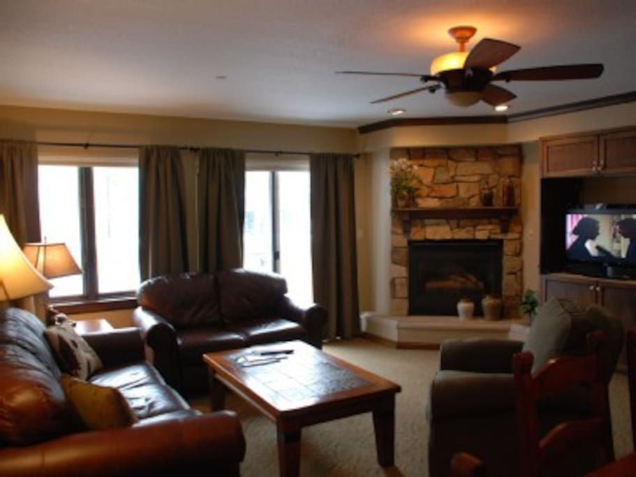 Relax in the living room after a day of skiing or golf