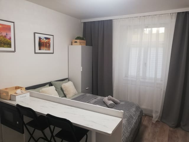 Apartment Arzi - close to city center