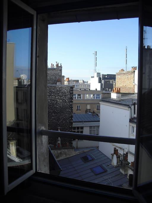 vue sur les toits de Paris...