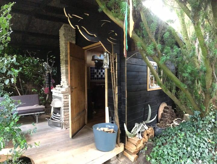 ArtB&B - Romantische Hütte