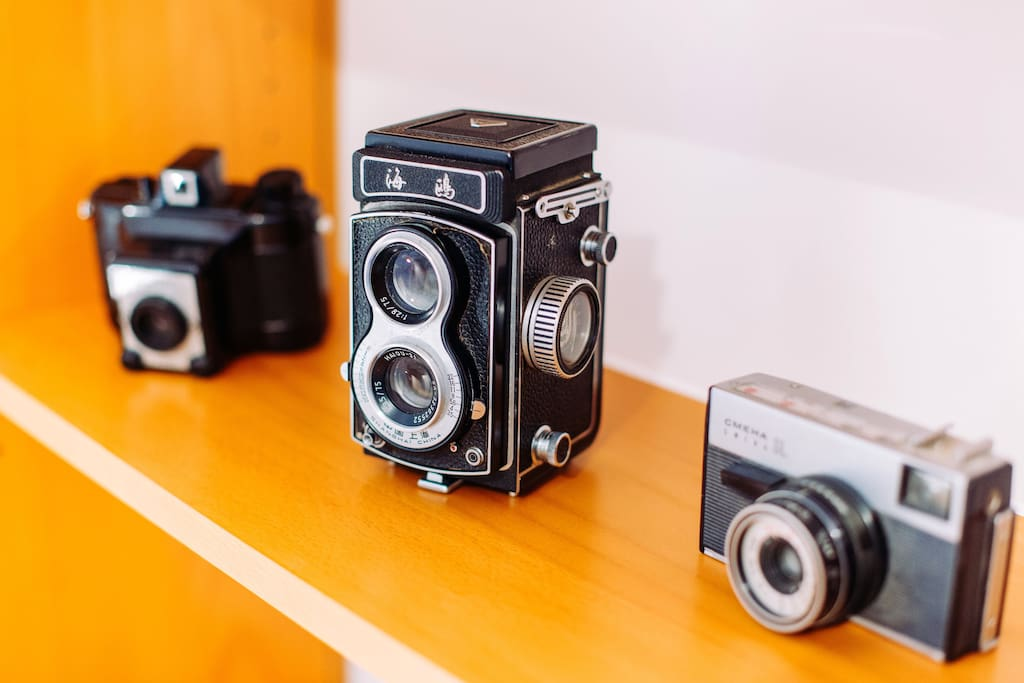 Analogue cameras from the old times - you are staying in the house of Robert Capa