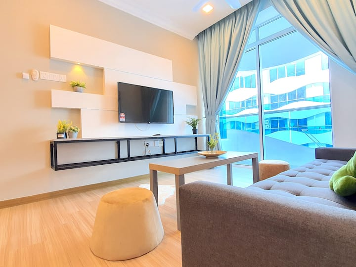 Malacca | The Wave Suites by BeeStay [5 Pax]