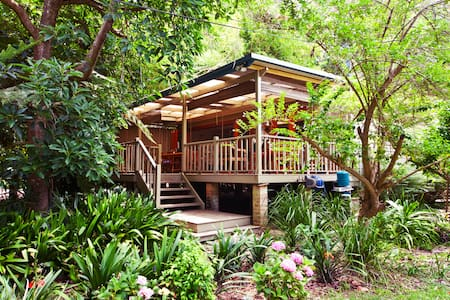 Organic Tropical Hideaway 2 mins to beach - Great Mackerel Beach - Hus