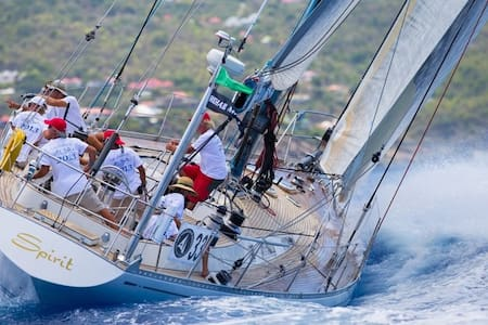Caribbean adventures on a Swan 65 - Tortola - Barco