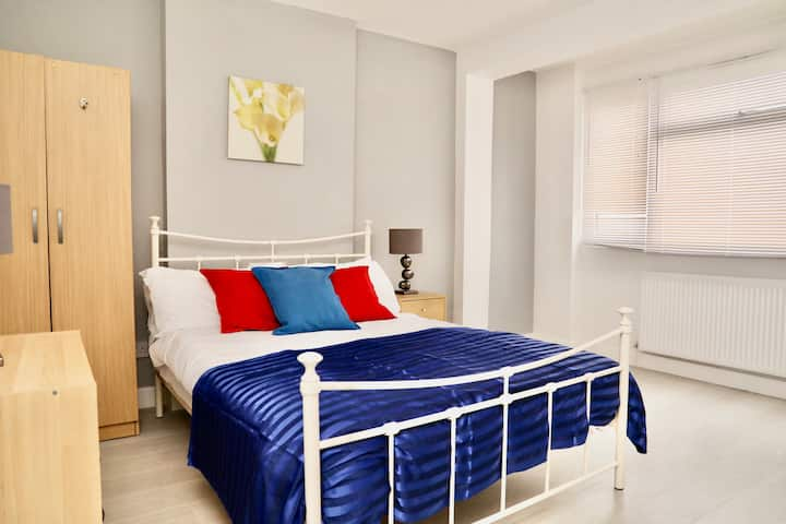 Stunning  En-suites Room in Streatham